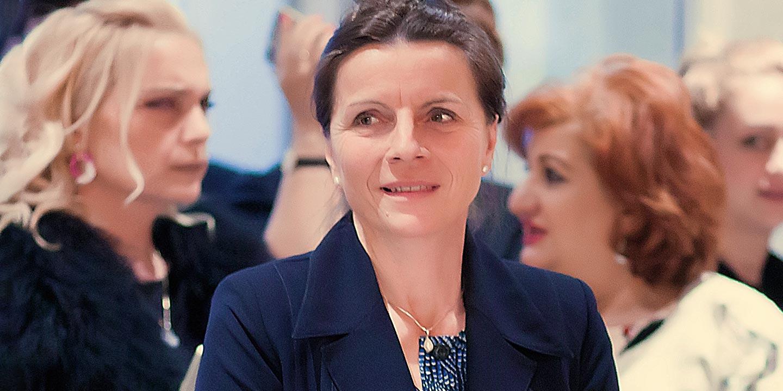 Чрезвычайный и Полномочный Посол Франции в Узбекистане госпожа Виолен де Вильмор
