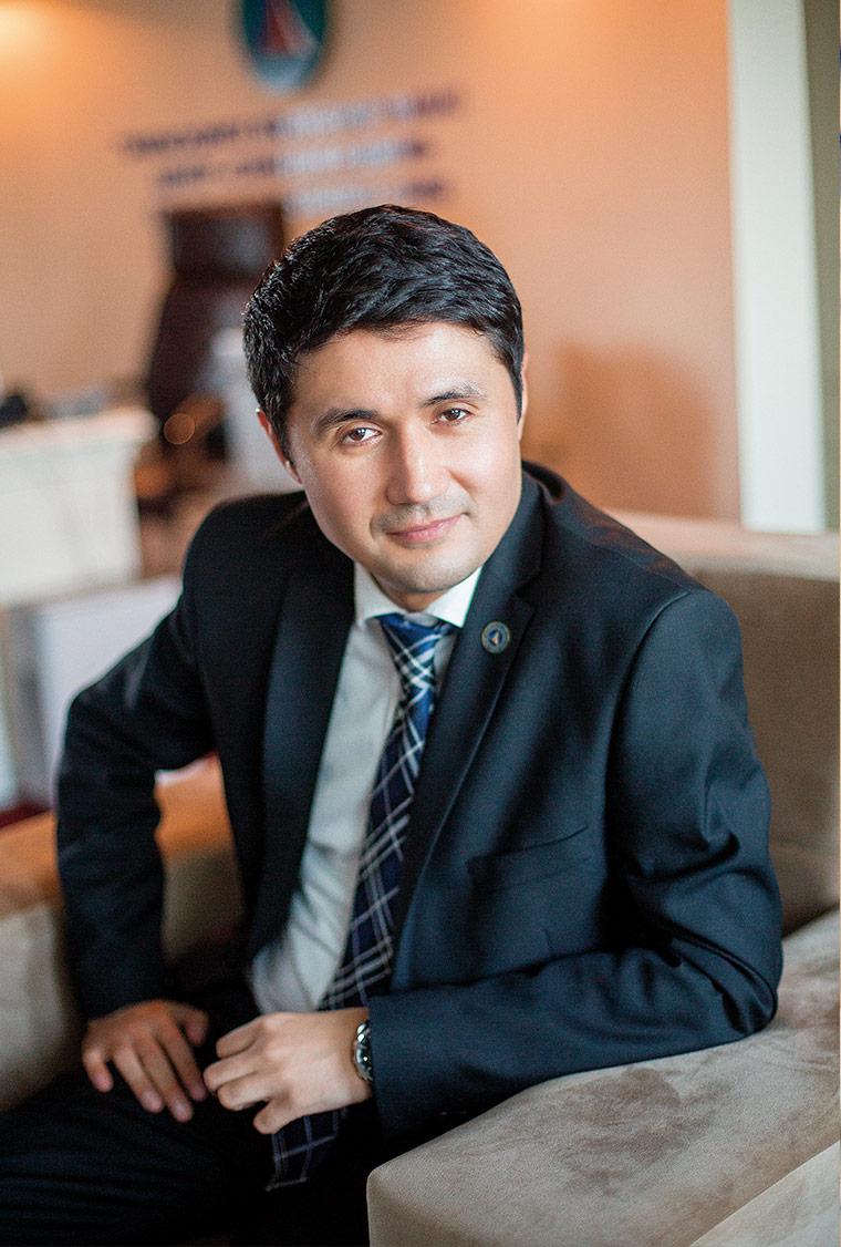 Акмал Бурханов