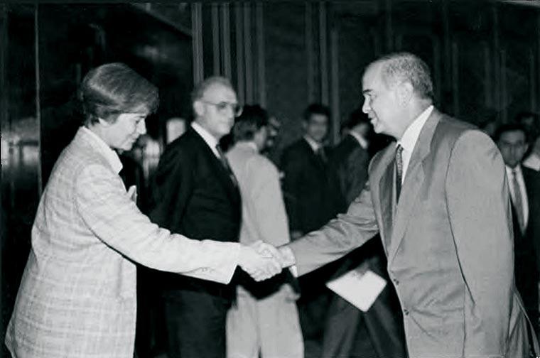 Зульфия Тухтаходжаева Ислам Каримов - каким был Первый Президент воспоминания людей
