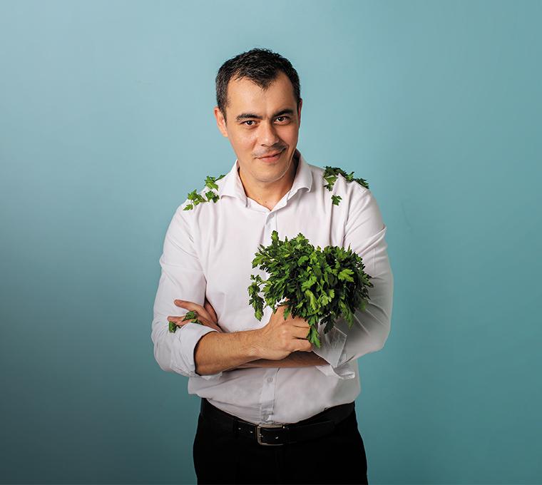 Равшан Ходжиев